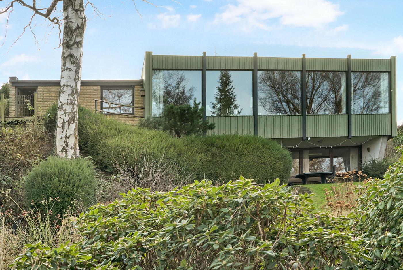 Anders Lund Madsen har købt en villa direkte ned til Lyngby Sø. Foto: RobinHus City, Gentofte & Lyngby-Taabæk.