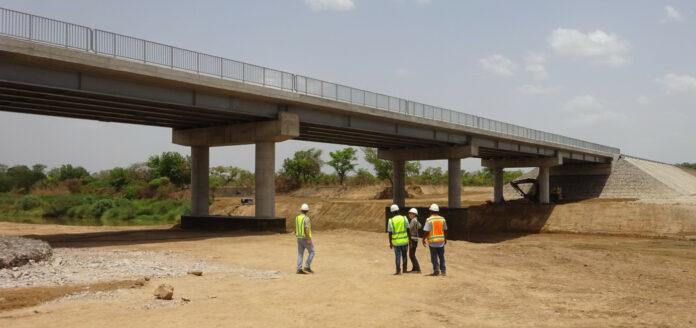 En af de syv broer, der skal skabe bedre forbindelser i det nordlige Ghana og understøtte mulighederne for handel og vækst. Foto: Sweco.